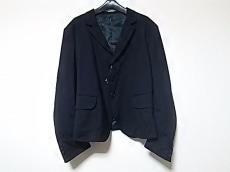 ネメスのジャケット