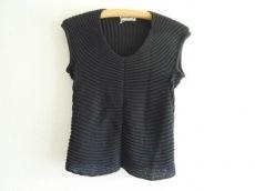 エレウノのセーター