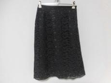 モニークのスカート