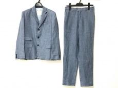 イピンコパリーノのレディースパンツスーツ