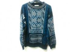ジュヌヴィエーヴのセーター