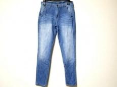 ジェネティックデニムのジーンズ