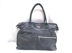 アクサングラーヴのハンドバッグ