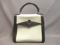 ARMANICOLLEZIONI(アルマーニコレッツォーニ)のハンドバッグ