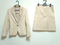 イーヴイバイエヴーのスカートスーツ
