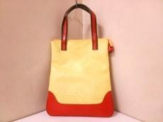エンリココベリのハンドバッグ