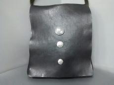 イルビアンコのショルダーバッグ