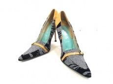 VERSUS(ヴェルサス)の靴