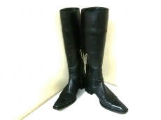 ミッシェルペリーのブーツ