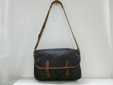 LOUIS VUITTON(ルイヴィトン)のジベシエールGMのショルダーバッグ