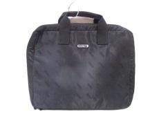 リモワのハンドバッグ