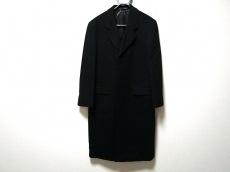 ニコラフェリーのコート