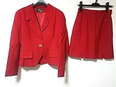 ロリータ レンピカのスカートスーツ