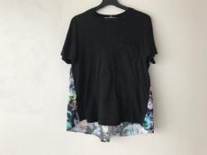 アンティポディウムのTシャツ