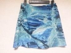 エビルツインのスカート