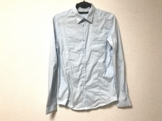 アリーニのシャツ