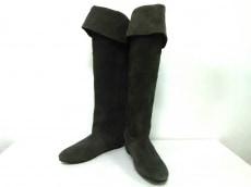 ヌーベルヴォーグのブーツ