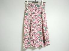 アナザーアングルのスカート