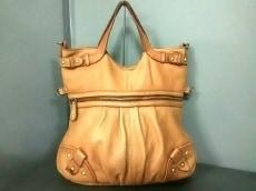 アンシェリのハンドバッグ