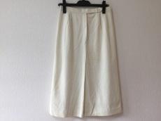 アロマのスカート