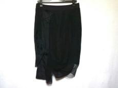 シャロンワコブのスカート