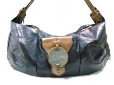 ワンズハートのショルダーバッグ
