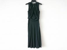 VERSACE(ヴェルサーチ)のドレス