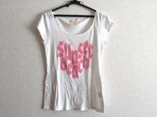デイシービーチのTシャツ