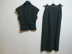 マーニのスカートセットアップ