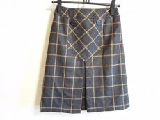 サルトリアデラゴンナのスカート