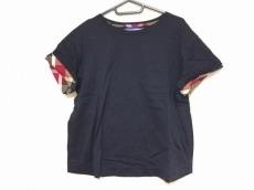 ブルーレーベルクレストブリッジのTシャツ