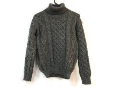 ジョンソンウーレンミルズのセーター