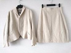 マサヒロ ミヤザキのスカートスーツ
