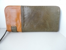 バギーポートの長財布