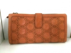 カズヨナカノの長財布