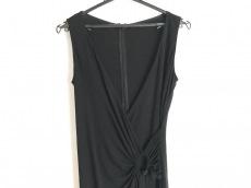 アナイのドレス