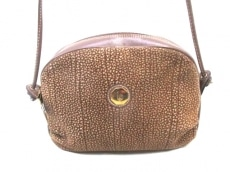 ベッティーナのショルダーバッグ
