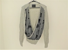 ニコラアンドレアタラリスのセーター