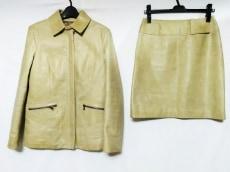 ARMANIJEANS(アルマーニジーンズ)のスカートセットアップ
