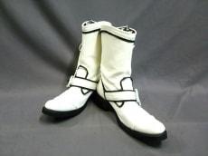 ギフチャークランプのブーツ