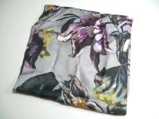 フランチェスカ バッシのスカーフ