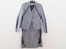 ISSEYMIYAKE(イッセイミヤケ)/ワンピーススーツ