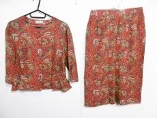 エバンピコネのスカートセットアップ