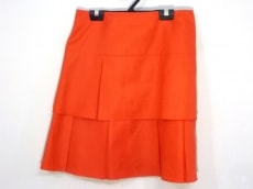 アイボリーコートのスカート