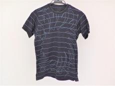 グリフィンのTシャツ