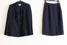 ARMANICOLLEZIONI(アルマーニコレッツォーニ)/スカートスーツ
