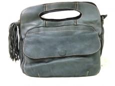 カテリーナルッキのハンドバッグ