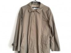 バタクハウスカットのコート