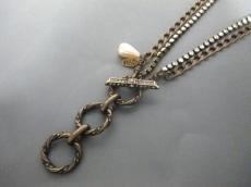 エイチアンドエム×ランバンのネックレス