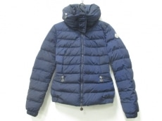 MONCLER(モンクレール)のサングリア